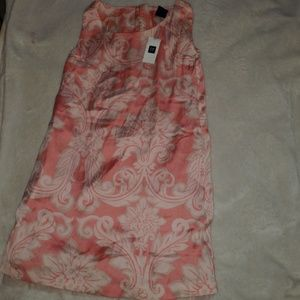 GAP NWT girl's size 6/7 dress
